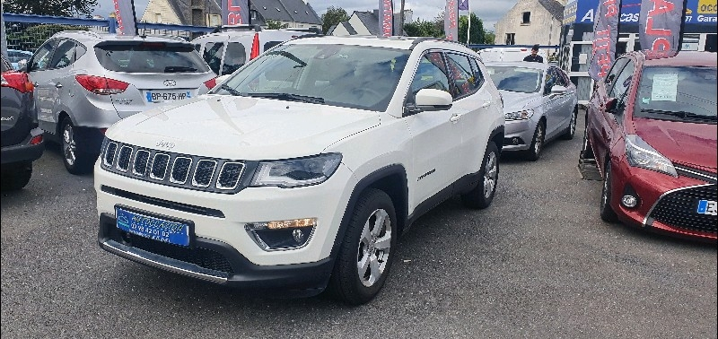 Jeep COMPASS 1.4 MULTIAIR II 140CH LIMITED 4X2 Essence BLANC Occasion à vendre